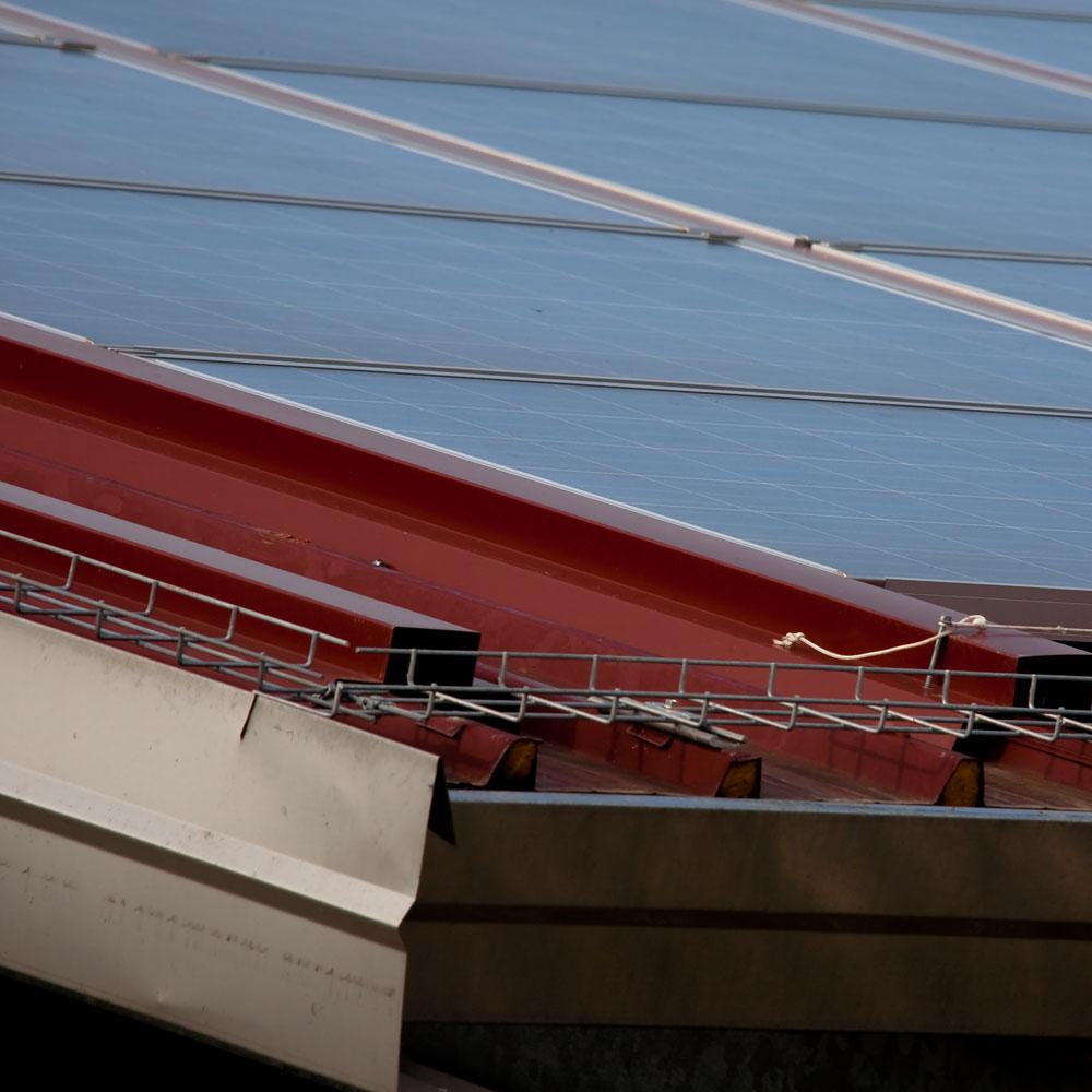 Copertura cantiere Cirio con pannelli coibentati e fotovoltaico - Sifracoperture